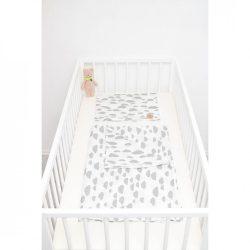 Szürke felhős ágyneműszett babának
