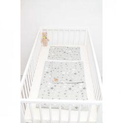 Szürke alapon szürke csillagos ágyneműszett babának