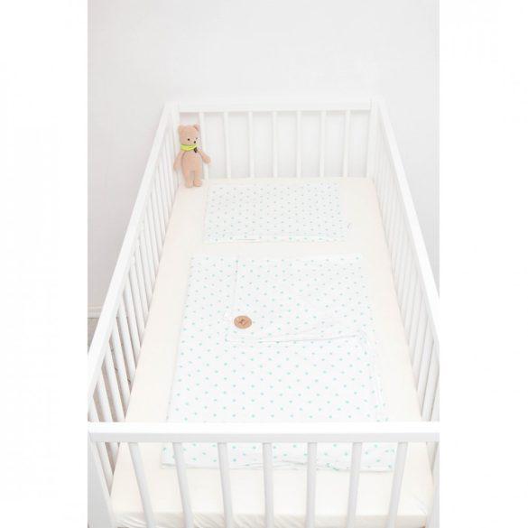 Fehér alapon türkizzöld pöttyös ágyneműszett babának
