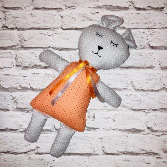 David pisztáciazöld szörnyike figura