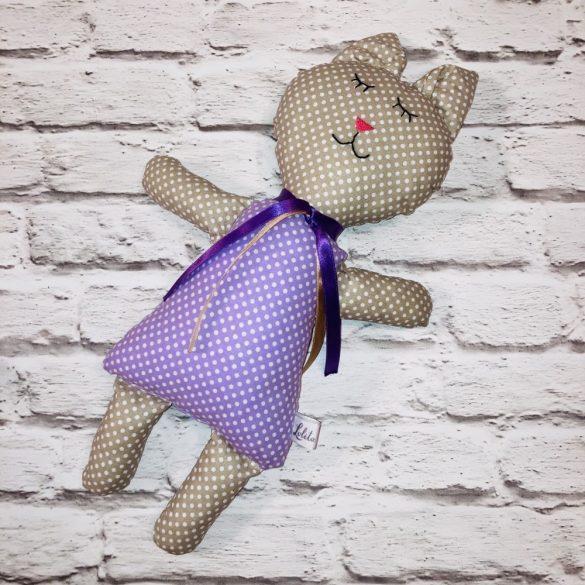 Malvinka világosbarna cica figura