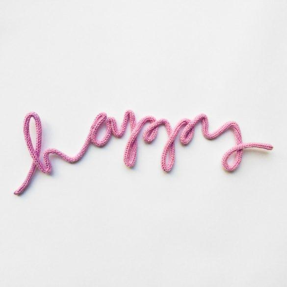 Happy felirat